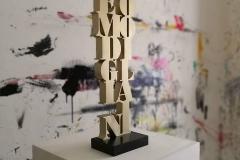 Amedeo Modigliani scultura in mdf e vernice, 60 x 17 x 3 cm, 2018 tiratura 1 - 8